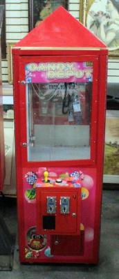 S&B Candy Depot Claw Candy Vending Machine, 25 Cents A Play, Has Key, Powers On