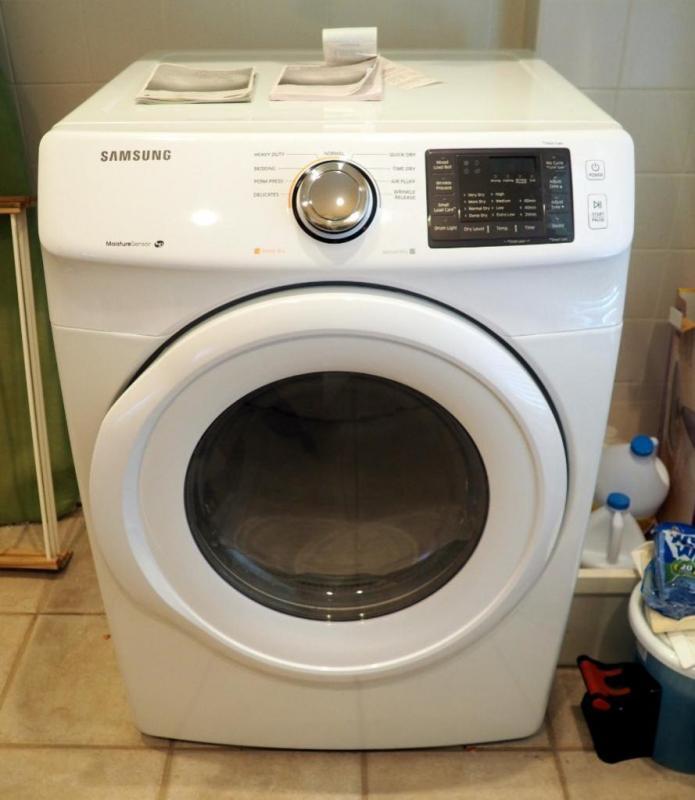 Samsung High Efficiency Moisture Sensor Electric Dryer
