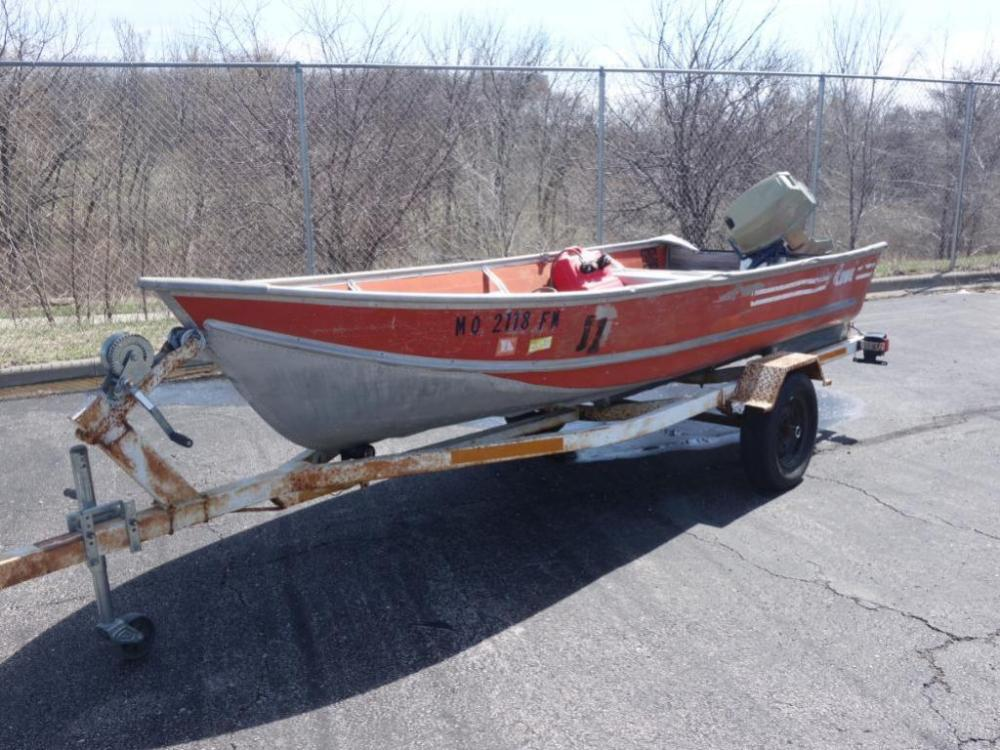 1984 Lowe's Aluminum 14' Jon Boat and Trailer With 1979