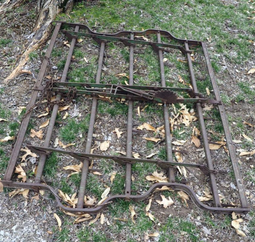 John Deere 6 FT Spike Harrow And Chain Link Fence Spreader/Leveler
