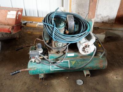 J&S Tool And Fastener Rolling, Duel Tank Air Compressor, Model #5715K17 Includes Pneumatic Hose