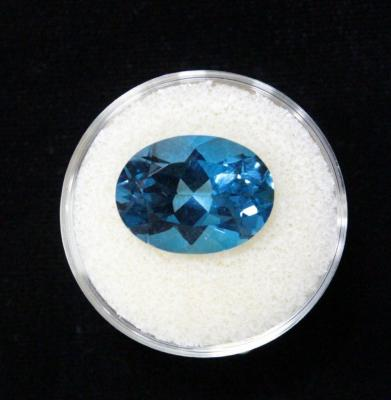 Light Blue Topaz Gemstone, 11.31 Cts, 16 x 12