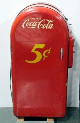 Coca-Cola Vending Machine Model 35 SN# 51492F, Made by F.L. Jacobs Co., Made Approx 1946-1947, Powers On, No Key, Front Opens, Needs Freon, Dolly Not Included