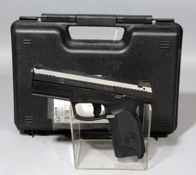 Steyr Mannlicher L9-A1 9 x 19mm Pistol SN# 3067333 2 Mags And Hard Case