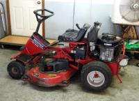 "Snapper Riding Lawn Tractor, Model #SR1642, 42"" Deck, 16 HP Briggs And Stratton Vanguard Motor, Battery Dead"