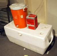 Large Rubbermaid Insulated Chest Cooler, Rubbermaid Insulated Beverage Cooler And More