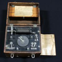 Early 1900's Medical Electricity At Home Unit By O. G. Tradewell, Medical Battery Includes Electrodes And Instruction Booklet All In Solid Oak Box