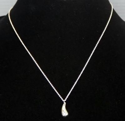 Tiffany & Co Elsa Peretti Solid Teardrop Sterling Silver Necklace