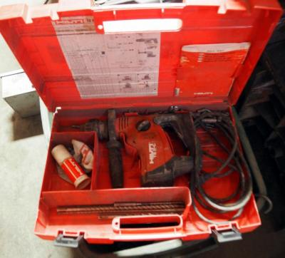 Hilti Rotary Hammer TE 6-C, Includes Carrying Case