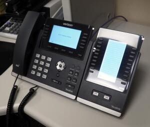 Verizon YeaLink IP Network Telephone System Including 25 Desk Phone Sets Model T46S Some With Expansion Modules EXP40