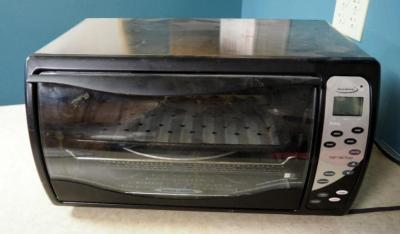 Black & Decker Digital Advantage Countertop Convection Oven, Model #3054625