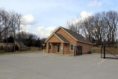9604 E US 40 Hwy; Independence, MO 64052