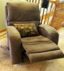 "Southern Motion Upholstered Rocking Recliner 40"" X 36"" X 36"" Includes Throw Pillow"