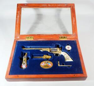 Franklin Mint Civil War Confederate Commemorative Non-Firing 1851 Colt Revolver Reproduction, Rare, See Description