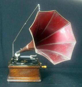 "Edison Fireside Phonograph Combination Type, Serial No. 31705, With Edison Fireside Metal Horn, 12"" Dia"