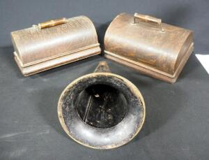 "Antique Un-Marked Metal Phonograph Horn, 8.5"" Dia, And 2 Gramophone Covers"