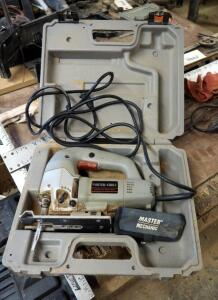 Porter Cable Electric HD Jigsaw, Model 543, Includes Blades And Carrying Case