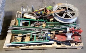 "Greenlee Wire Pulling Equipment, 11"" and 24"" Aluminum Reels, Qty 6 And More, Contents Of Pallet"
