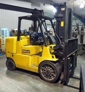 1998 Caterpillar Lift Truck, Model GC70K, Serial Number AT8900470, 16,000 Pound Capacity, Hours Showing 5,637