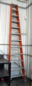 12' Louisville Fiberglass Folding Stepladder, Model FM1512, Load Capacity 300 Pounds