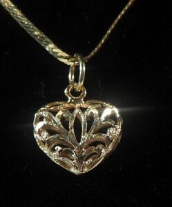 "14k Gold Chain 19"" Long, With Unmarked Heart Pendant, 4.1g Total Weight"