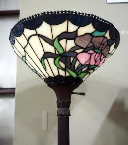 "Tiffany Style Floor Lamp, 72"" Tall, Powers On"
