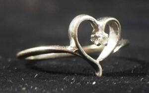 14k White Gold Diamond Ring In Open Heart Setting, Size 5-3/4, 1.5g Weight Including Stone