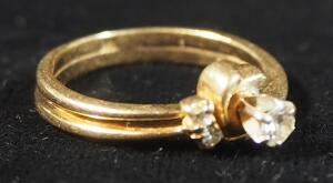 14kp Gold Diamond Ring, Size 5, 2.6g Weight Including Stone