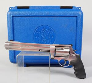 Smith & Wesson 500 Magnum .50 Cal 5-Shot Revolver SN# BCE 2981, In Original Hard Case