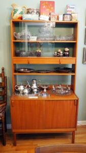 "Mid-Century Modern 2-Drawer Hutch With Sliding Glass Doors And Storage Cabinets,68"" X 35.5"" X 18"", Contents Not Included, 2nd Day Load Out Only"