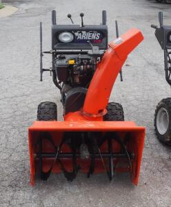 Ariens Snow King Gas Powered Snow Blower, Model 1128, Pull Start, With Tecumseh Motor