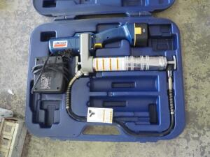 Lincoln Cordless Power Luber Grease Gun, Model 1200, Series B, Includes Charger, Battery, Carrying Case, And Owner's Manual