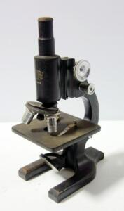 Spencer Lens Co. Microscope No. 211318
