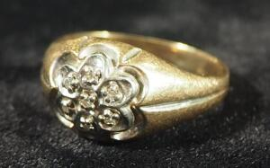 Gold Ring Marked 10k SJ, Size 9, 4.06 g Total Weight Including Stones