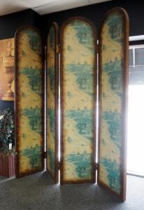 "6' 4-Panel Room Divider/Screen With Old World Theme, Panels Measure 16"" Wide"