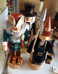 "Stracoland Colmnitz Wood Nutcrackers, Qty 3, Approximately 15"" Tall"