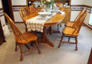 "Cochrane Solid Oak Oval Dining Table With 2 Leaves And 6 Chairs, 30"" x 40"" x 60"", Leaves Measure 12"", Contents Of Table Not Included"