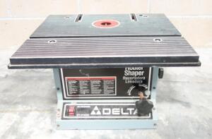 Delta Router Shaper Model 43-505, Powers On