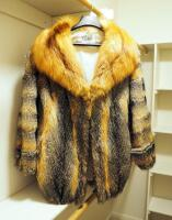 Lark Lynn Furs Fox Fur Coat With 3/4 Sleeves, Appears To Be Size Medium