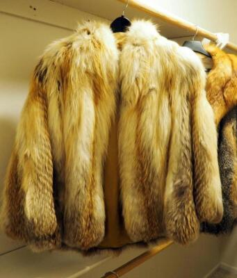 Alaskan Custom Built Fox Fur Coat, Appears To Be Size Medium, Has Minor Damage