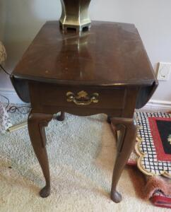 "Solid Wood Single Drawer Drop Leaf Side Table With Cabriolet Legs, 27"" x 39"" x 30"", Contents Not Included"