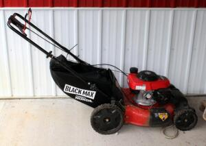 Honda Self-Propelled Gas Powered Push Mower With Bagger And Automatic Choke, In Working Order