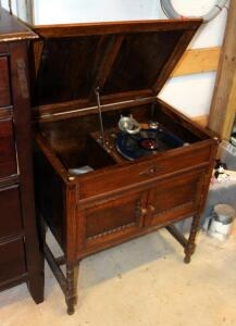 "Antique Solid Wood Record Cabinet 31"" x 27.25"" x 18.75"" With Collaro Limited Record Turntable"