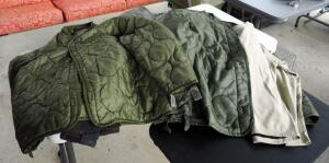 Military Cold Weather Jacket Liners QTY 3, Sizes Medium To Extra Large