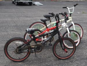 "Kent 1800 Abyss 18"" Bicycle, Avigo Extreme AX 1800 18"" Bicycle, And Unmarked 20"" Bicycle"