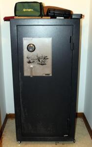 American Security Products Rolling Metal Gun Safe, Serial #GS107288, Contents Not Included, Bidder Responsible For Proper Removal, Combination Known