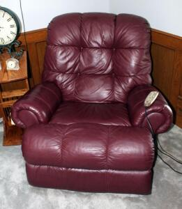 "Lane Supreme Recliner With Massage/Heat Feature By Relaxor, Powers On, 39"" x 42"" x 40"""
