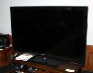 "Samsung 55"" Series 7 LED TV Model UN55B7100WF, Includes Remote, Bidder Responsible for Proper Removal"