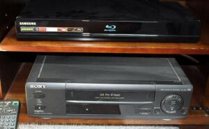 Samsung Bluray/DVD Player BV-P1600, And Sony VCR Model SLV-390 With Remote