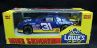 Mike Skinner #31 Lowe's 1:24 Diecast Car And Jimmie Johnson #48 Lowe's 2004 Preview 1:24 Diecast NIB - 3